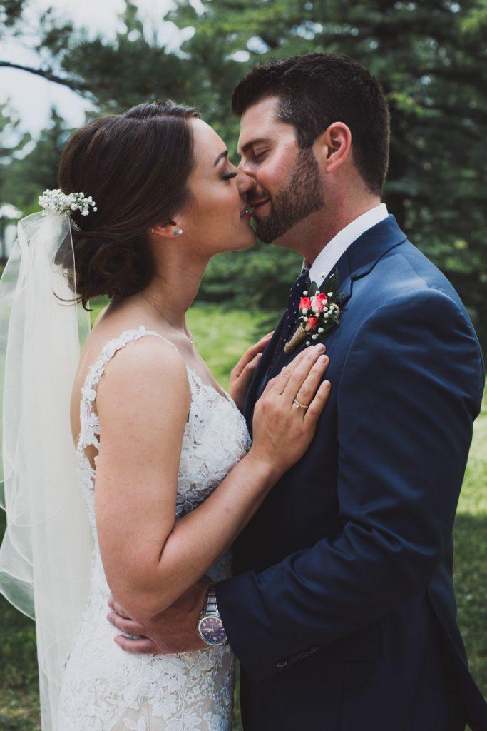 Bride and Groom portraits , romantic kiss at Running Creek Manor