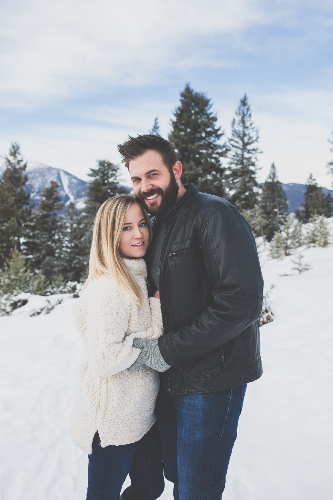 Breckenridge Winter engagement session - Sapphire Point, Colorado