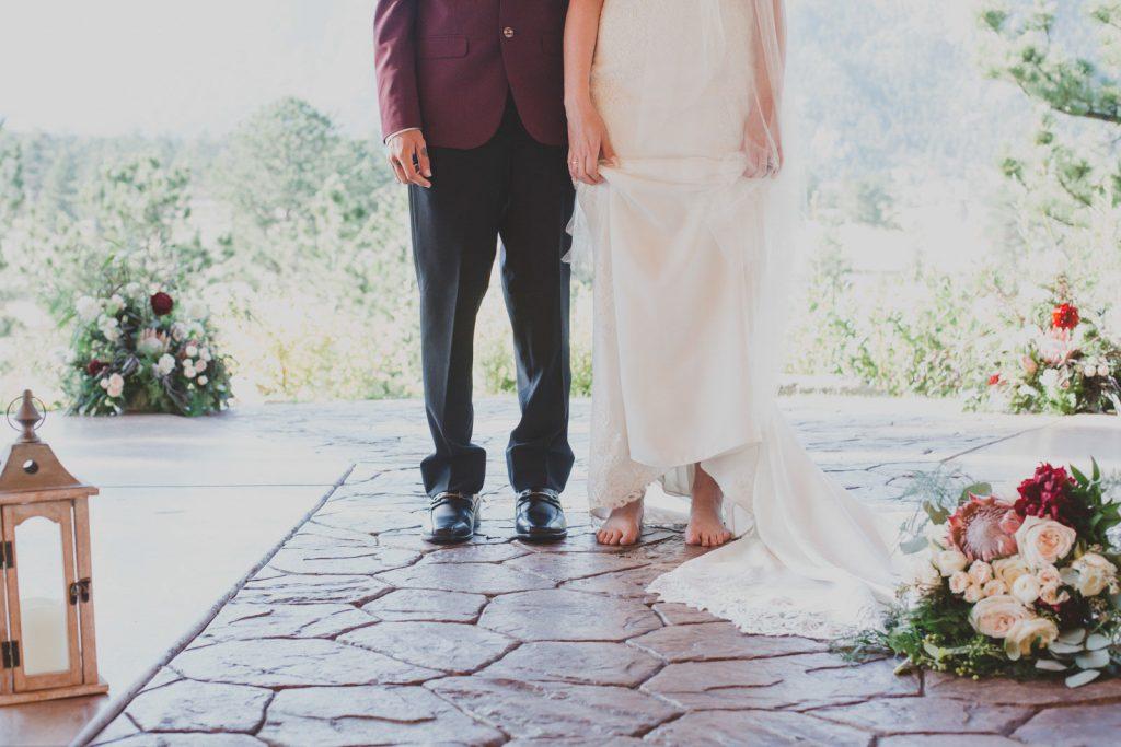 Bride and Groom details , RMNP elopement in Colorado